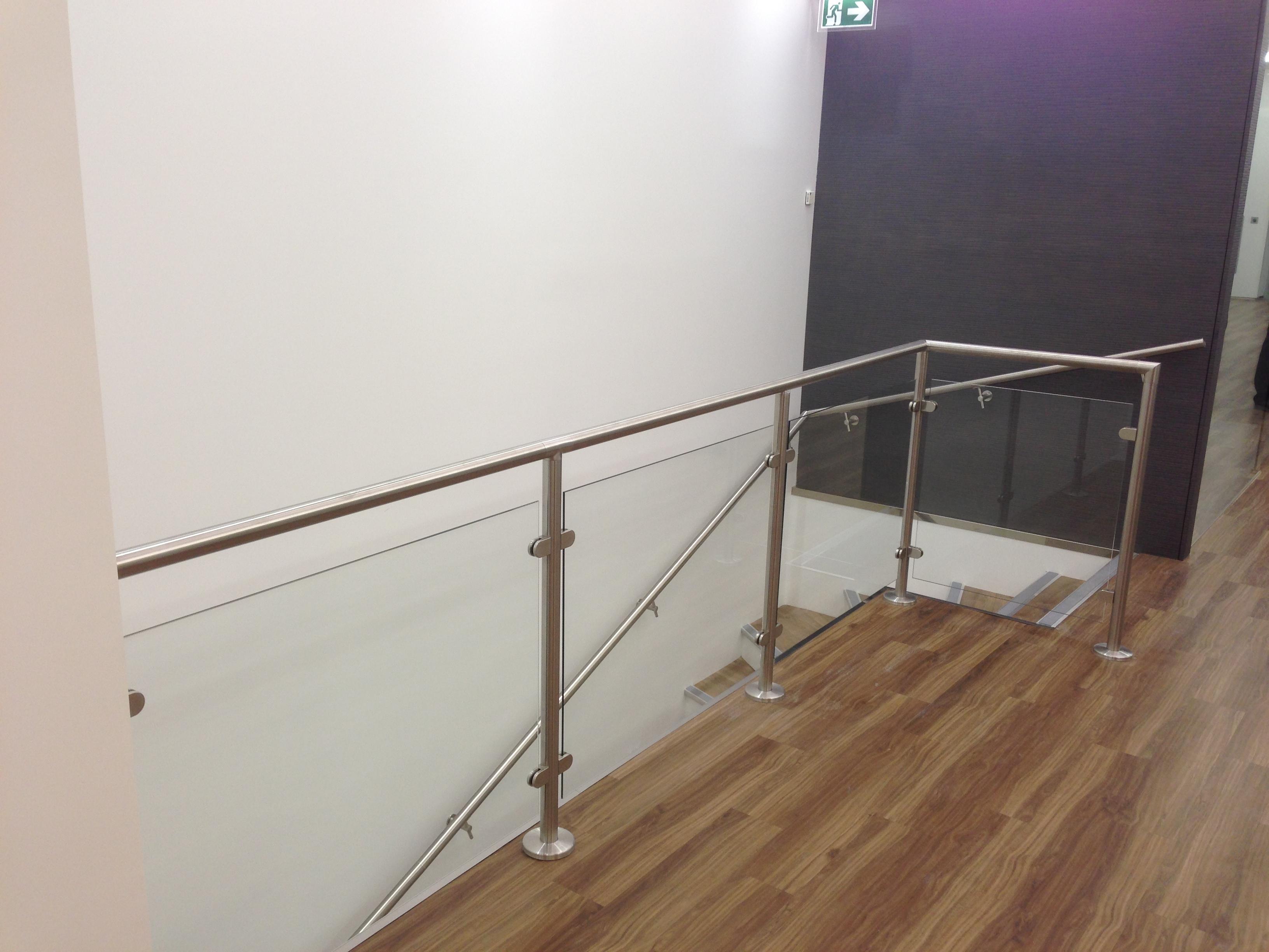 image showroom 13