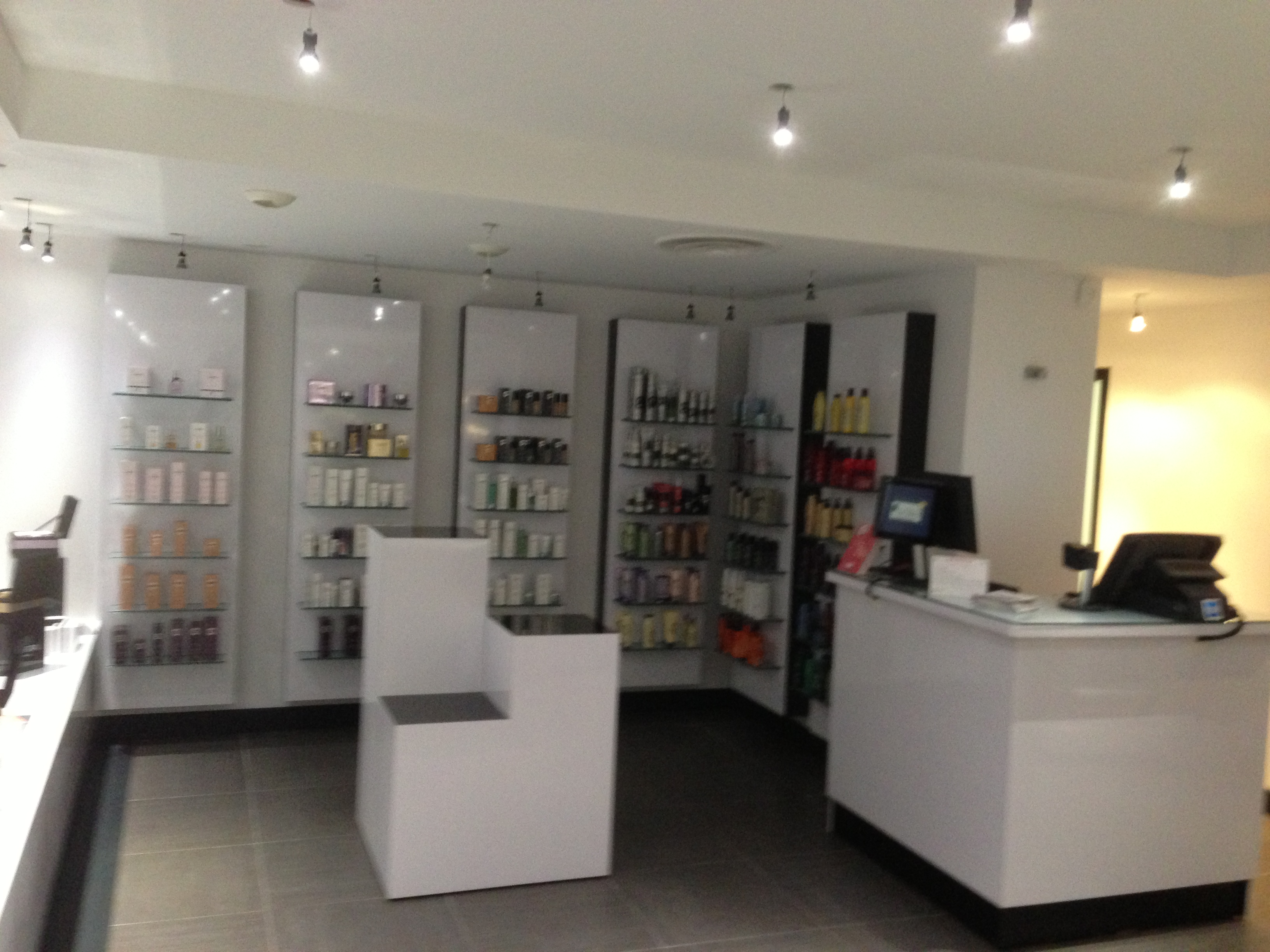 image showroom 12